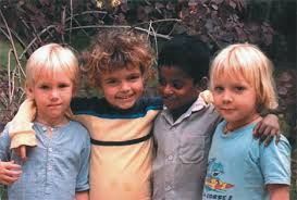 Enfants nes a Auroville